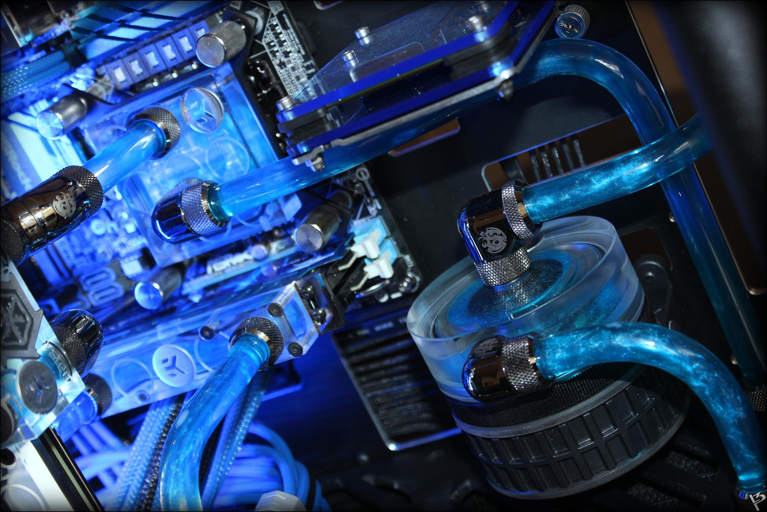 Система жидкостного охлаждения для видеокарт id-cooling icekimo 240vga: минус тридцать / корпуса, бп и охлаждение