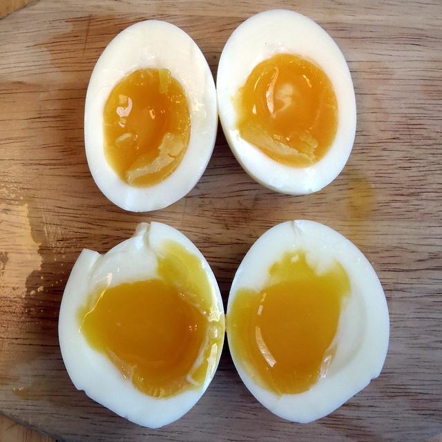 Сколько и как правильно варить яйца в мешочек? - твой уют, гармония, красота и здоровье!