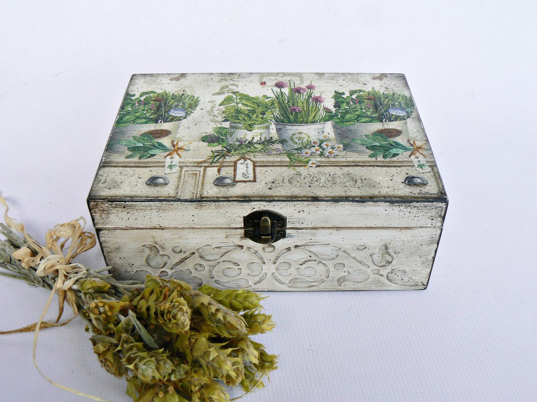 Декупаж коробок - 120 фото и видео идей нанесения рисунка в различных стилях