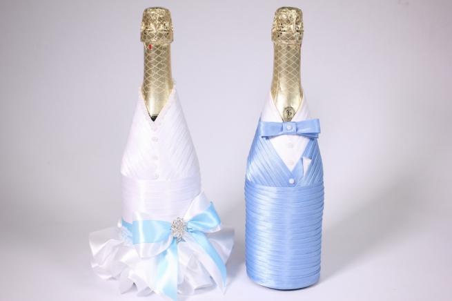 Варианты украшения свадебных бутылок своими руками