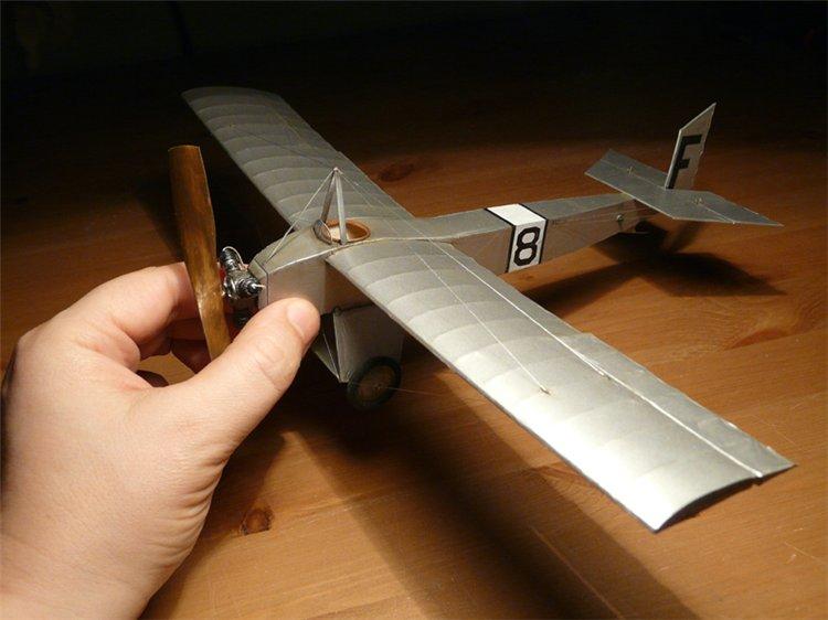 Летающий планер - секрет мастера - сделай своими руками