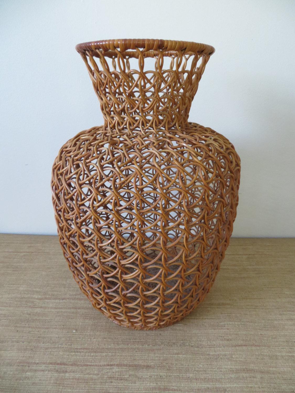 Плетение вазы из газетных трубочек: мастер-класс с фото для начинающих и опытных