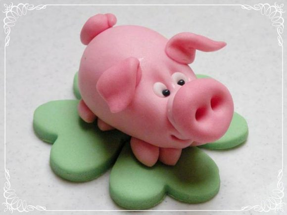 Год свиньи: поделки символа 2019 года своими руками из бумаги, шерсти, глины, пластилина