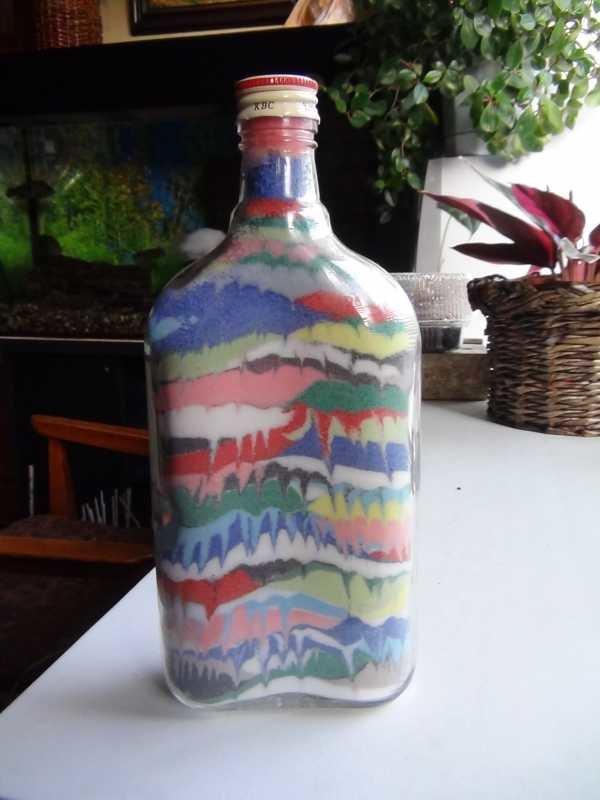 Декор бутылок из цветной соли