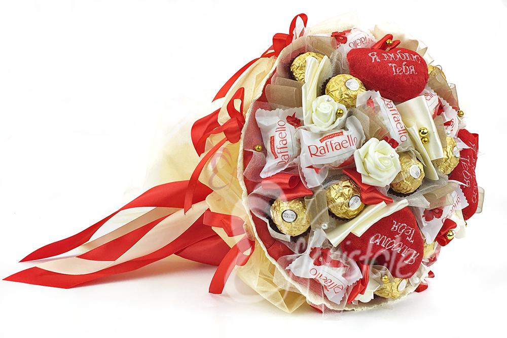 Свит-дизайн 8 марта валентинов день день матери день рождения моделирование конструирование конфетное сердце бумага гофрированная бусины клей ленты