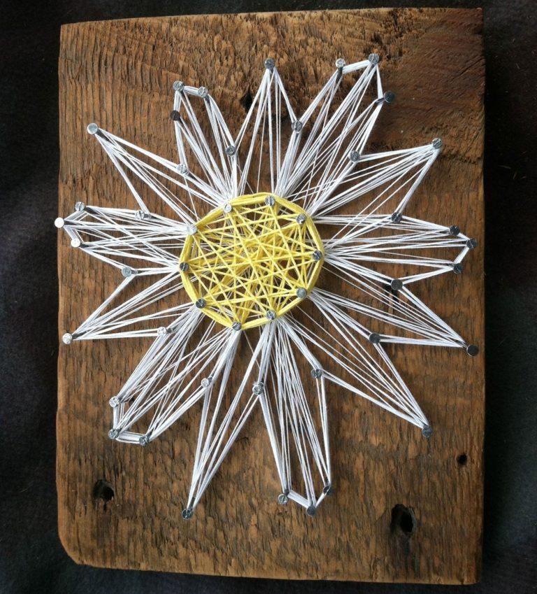 Стринг арт: как сделать панно из ниток и гвоздей?