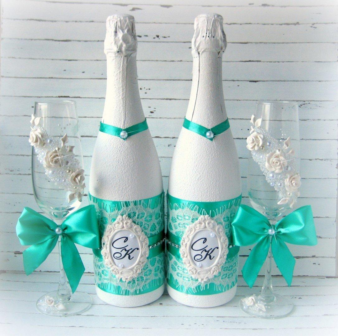 Свадебные бутылки, их основное назначение и тематическое оформление
