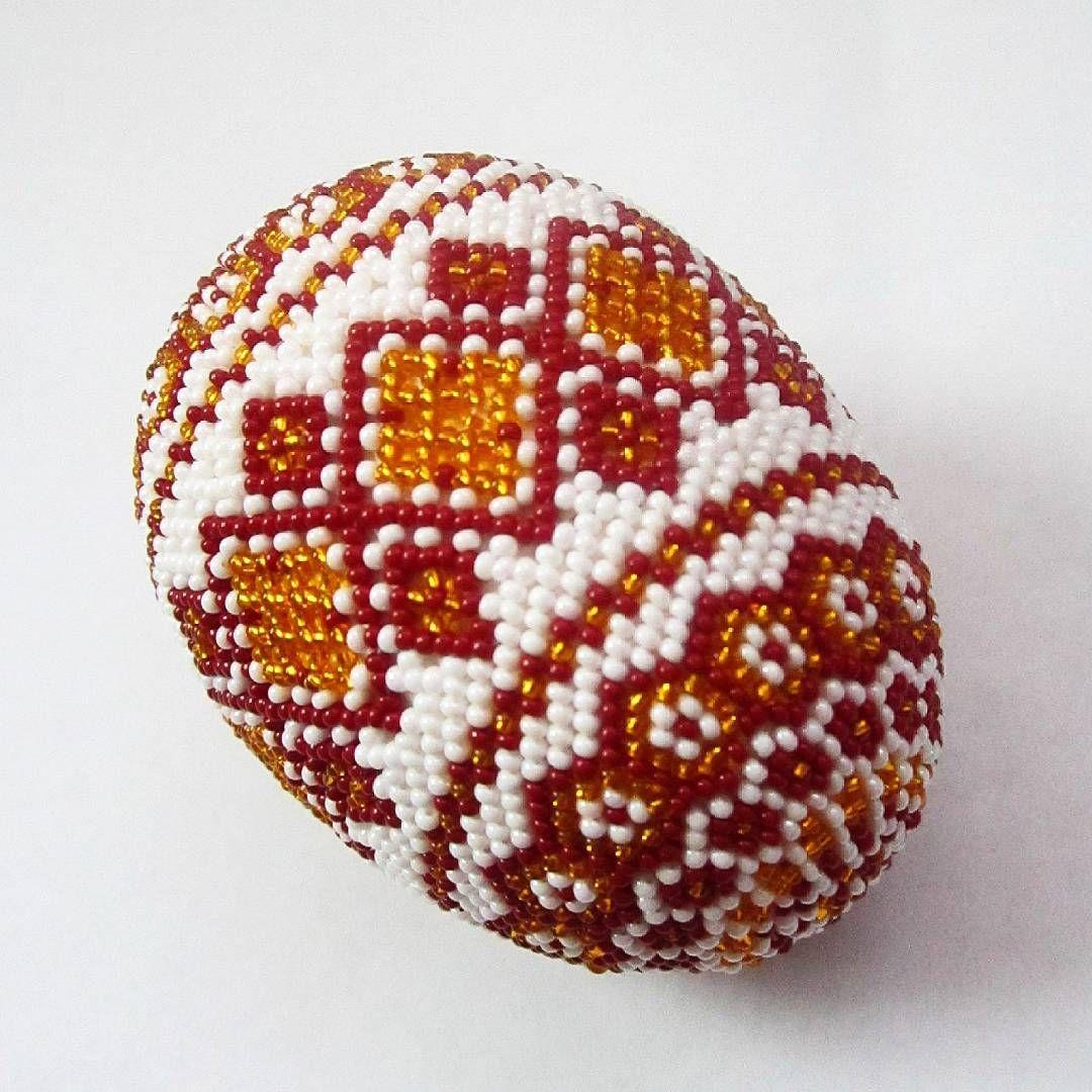 Пасхальное яйцо оплетенное бисером