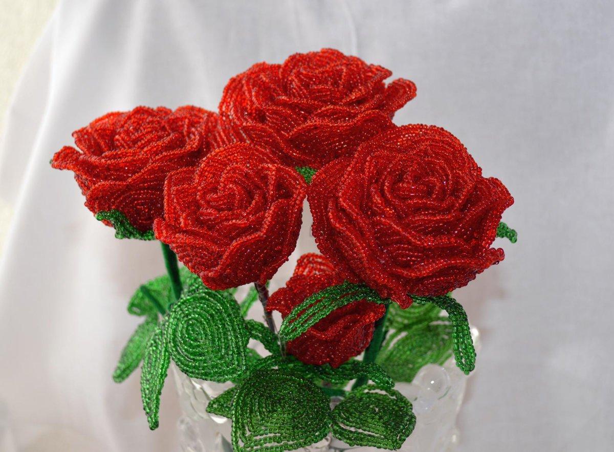 Как сделать розу из бисера: пошаговое плетение