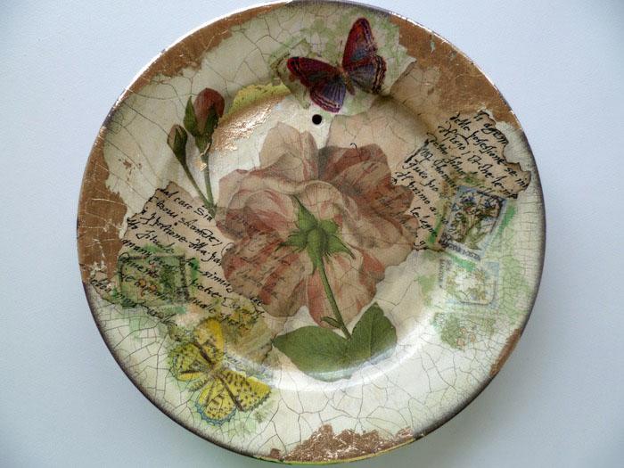 Декупаж тарелок: искусство бумажного декора на стеклянной и пластиковой посуде своими руками