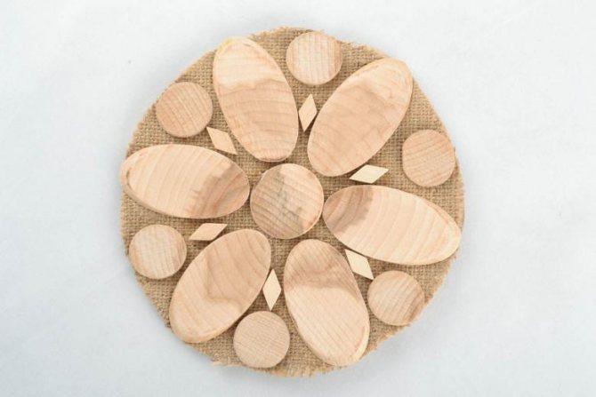 Подставки под горячее (72 фото) - мастер-классы по изготовлению деревянных, вязаных, пробковых, металлических и каменных подставок