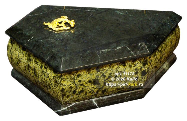 Шкатулки из природного камня от скворца