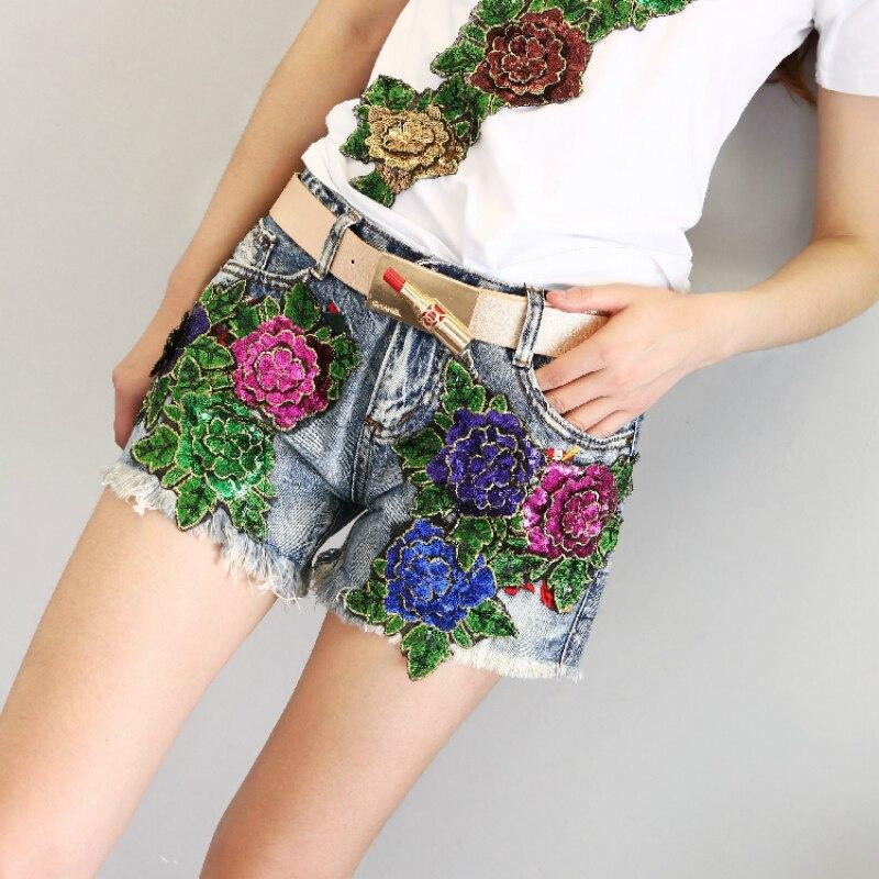 Как украсить джинсовые шорты своими руками — способы и процесс украшения art-textil.ru