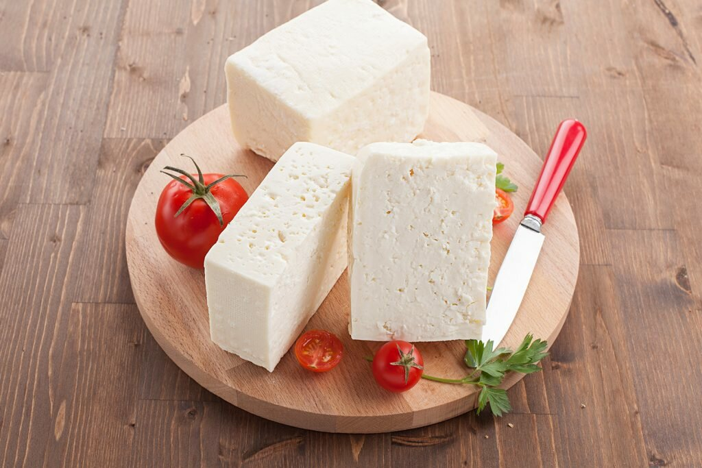 Домашняя брынза из коровьего молока