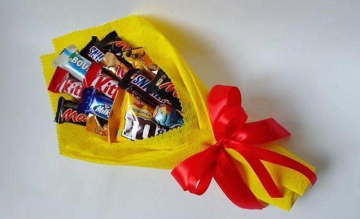 Букет из конфет своими руками: пошаговое описание и 120 фото как изготовить конфетный букет