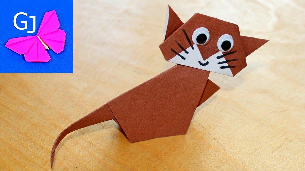 Как быстро сделать игрушку для кота из подручных средств