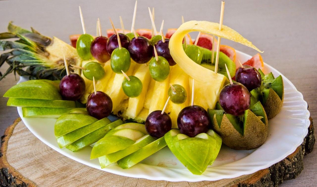 Как красиво нарезать и подать фрукты - лайфхакер