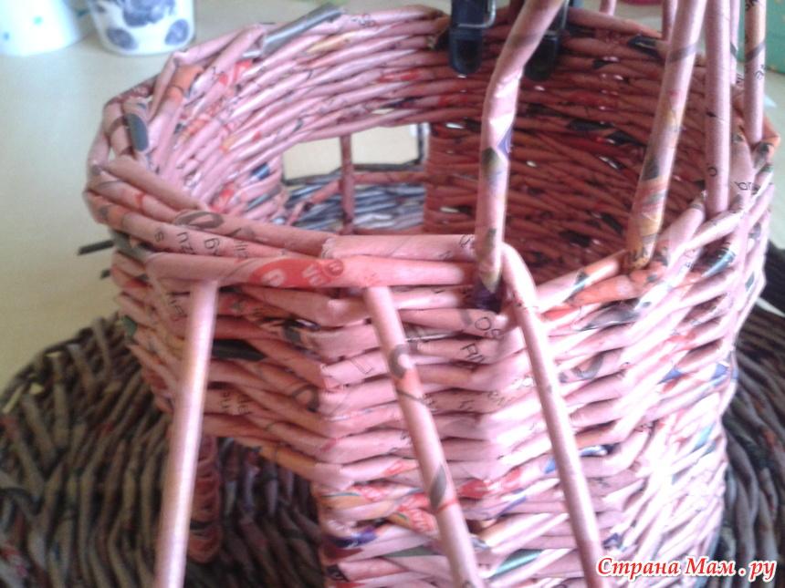 Поделки из газетных трубочек. коляска. мастер-класс с пошаговыми фото