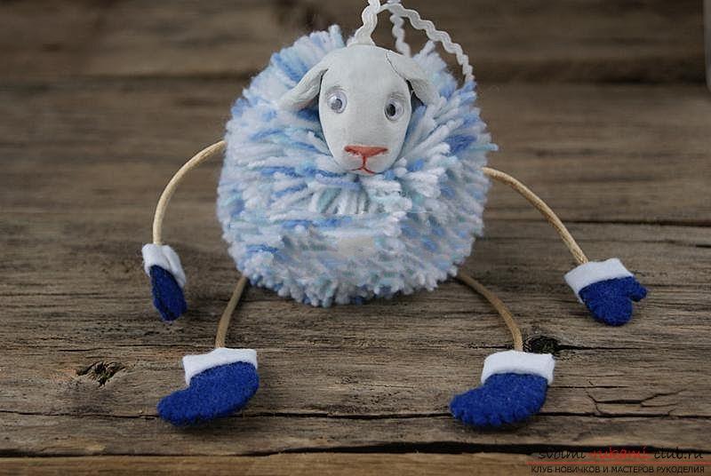 ᐉ новогодняя овечка из ткани - своими руками -