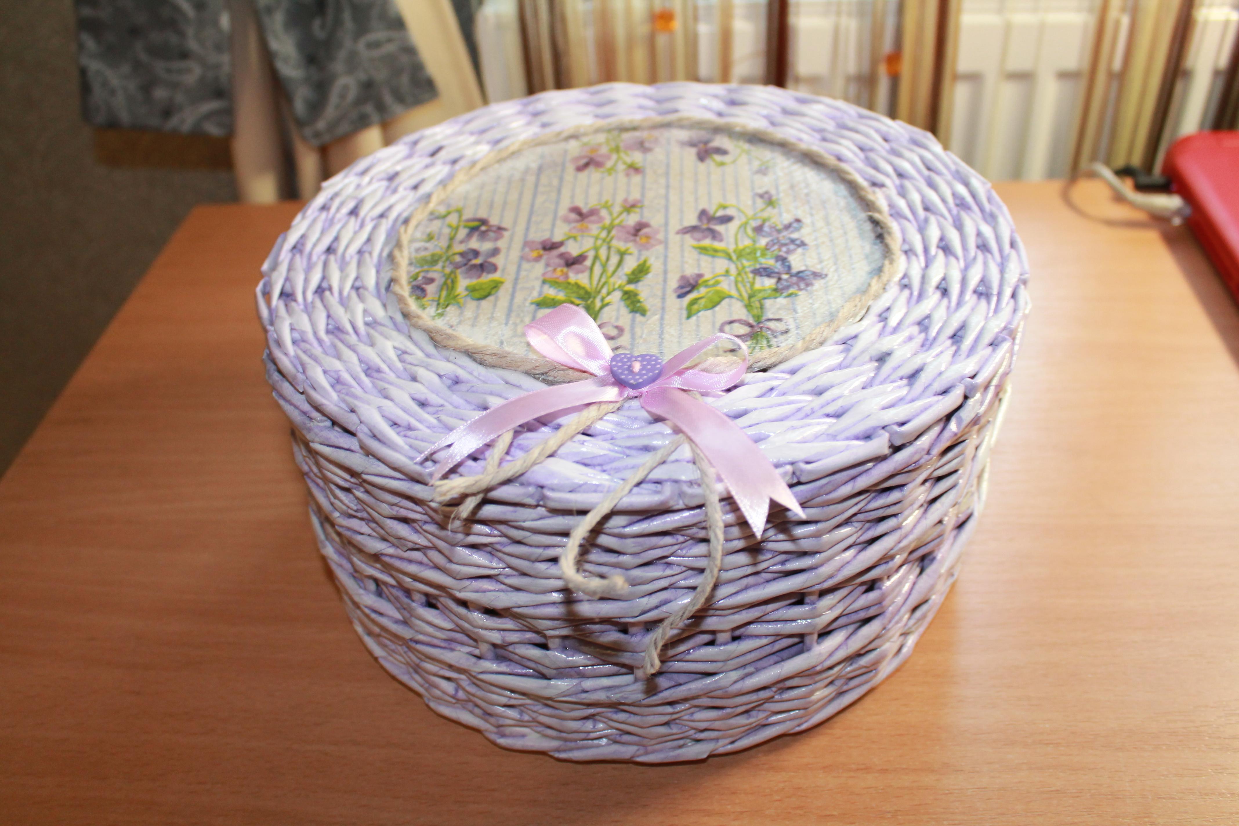 Плетение шкатулок из газетных трубочек
