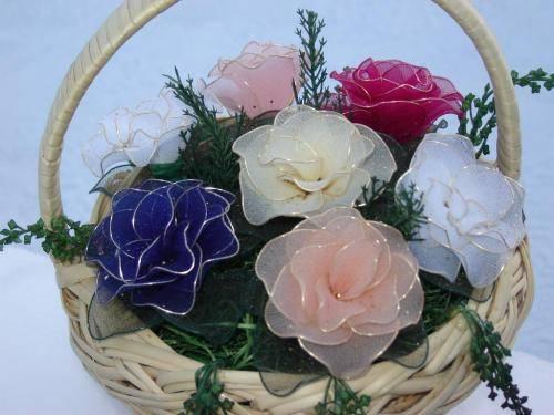 Поделки из капроновых колготок своими руками, мастер-класс: кукла, цветы, вазы и абажуры