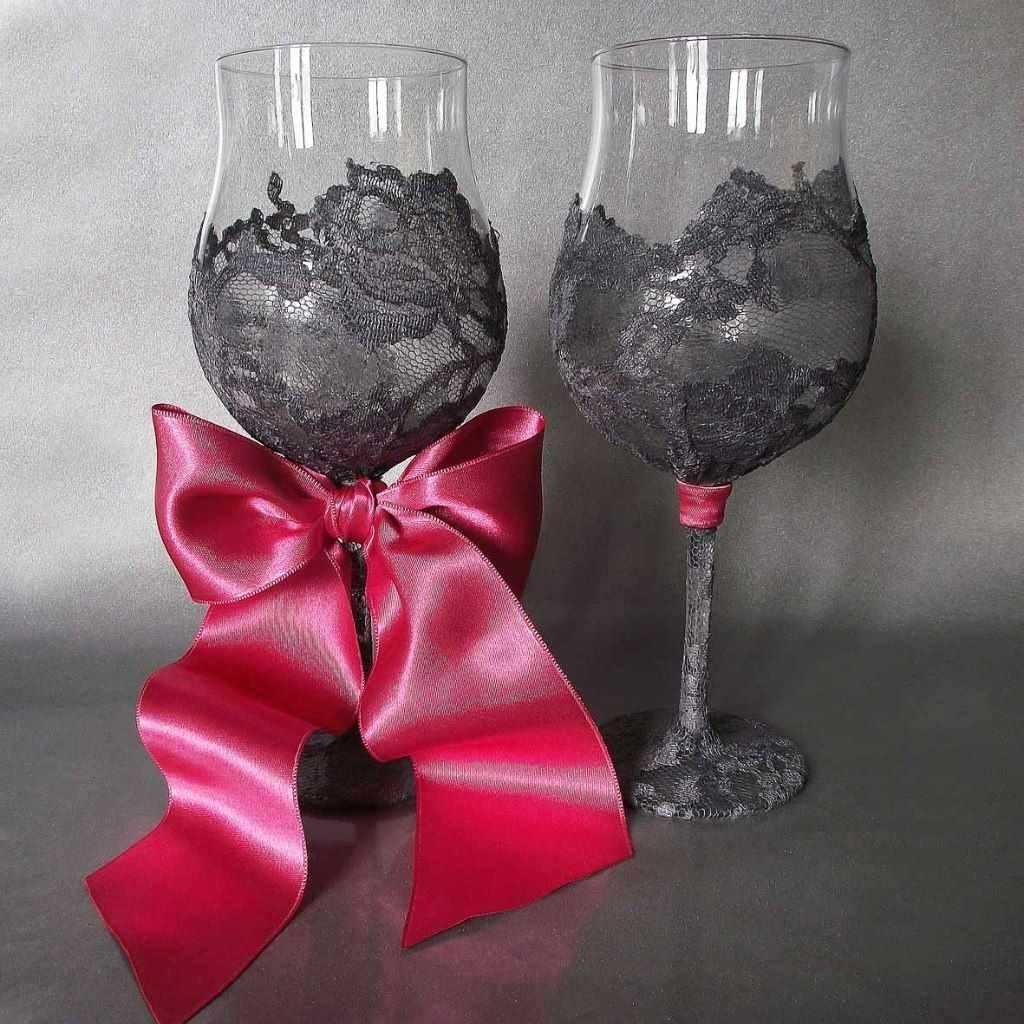 Свадебные бокалы — это символ любви