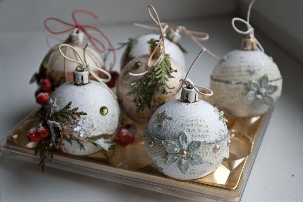 Декупаж елочных игрушек – простой способ создания новогодних украшений