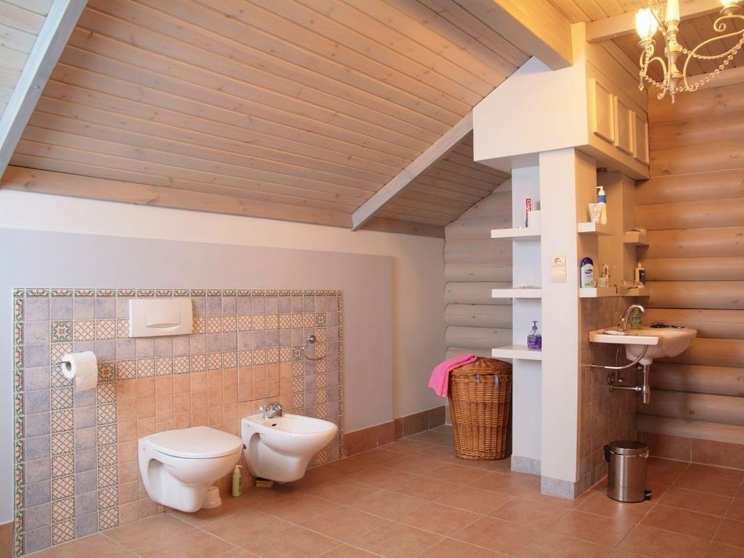 Внутренняя отделка санузла в деревянном доме. оборудуем санузел в деревянном доме по правилам. основные нюансы подключения к канализации