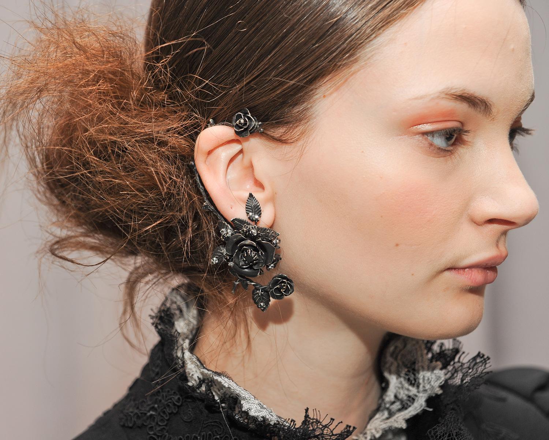 Модные серьги 2020 года: какие сережки сейчас в тренде