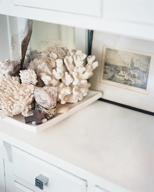 Оформление аквариума: самый красивый дизайн на 50, 100 и 200 литров с корягами и камнями для рыбок - 44 фото