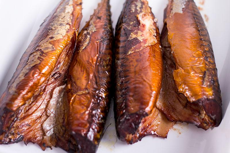 Рыба горячего копчения в походных условиях