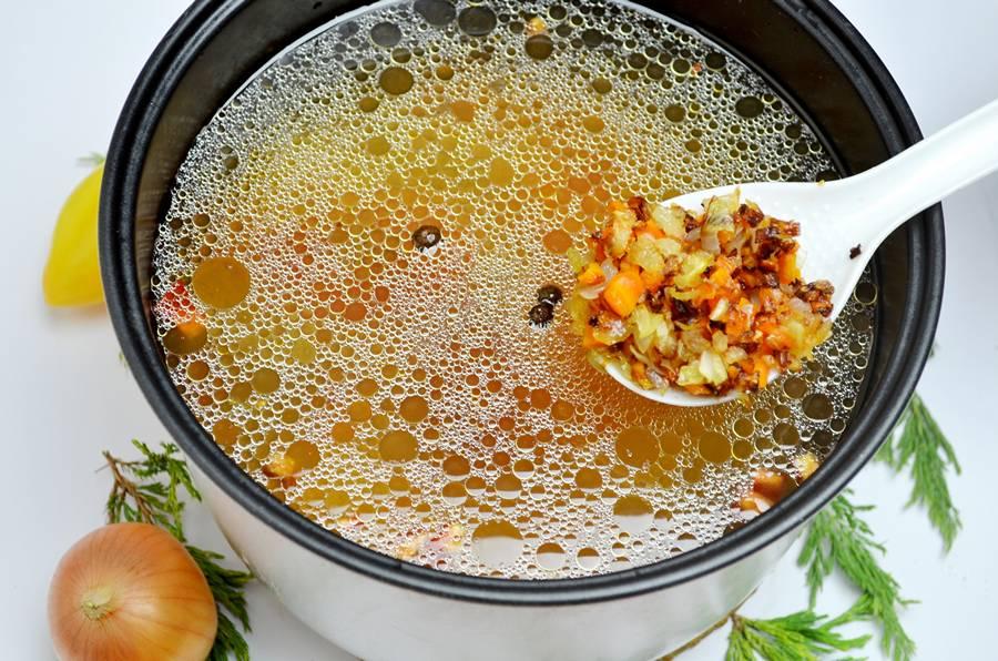 Куриный суп в мультиварке редмонд