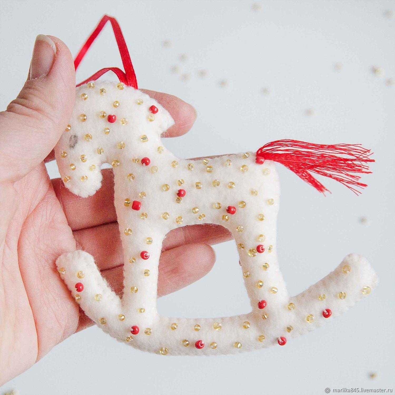Много игрушек из фетра. лошадка из фетра выкройка своими руками лошадка из фетра выкройка