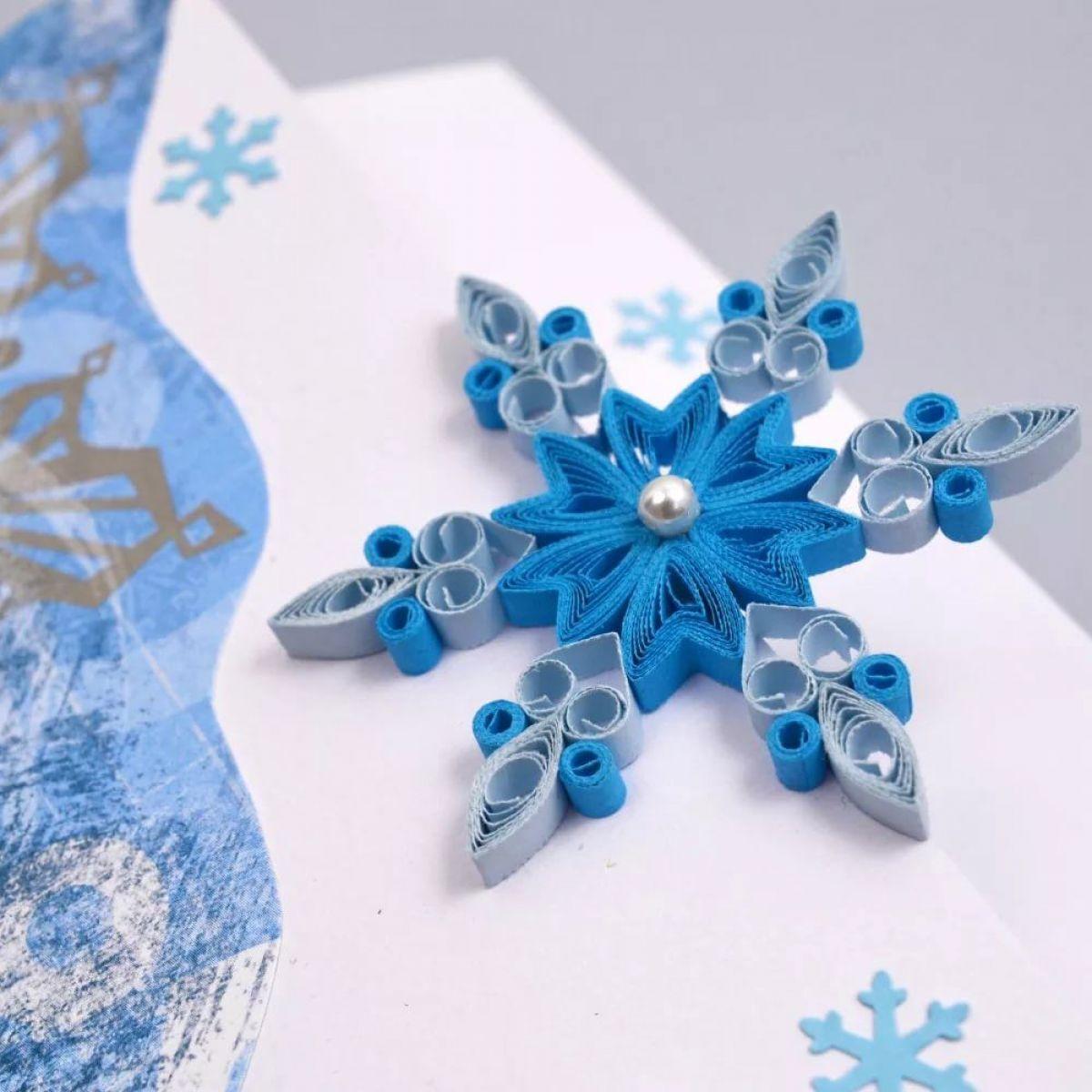 Объемные снежинки из бумаги на новый 2021 год своими руками