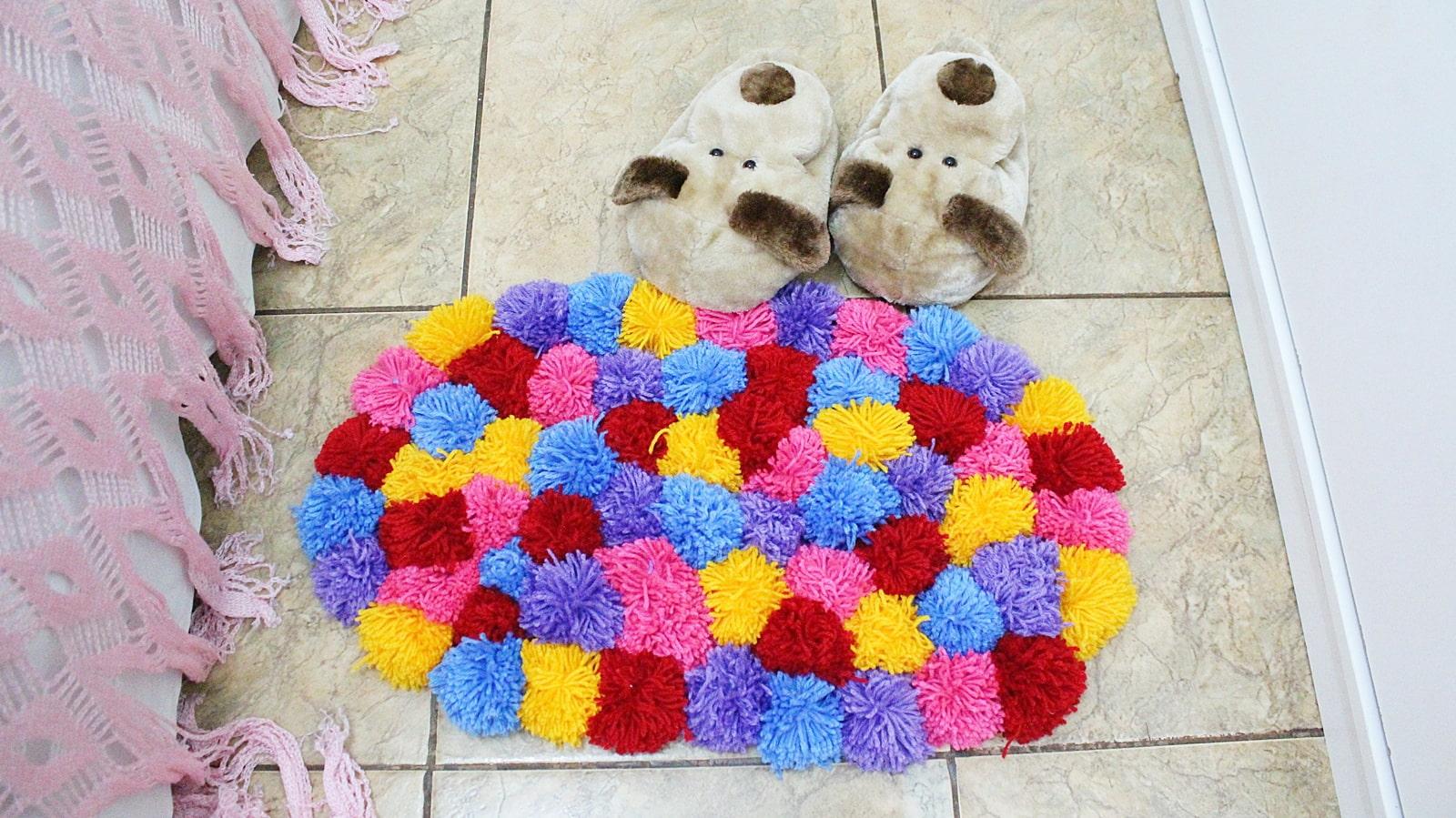 Ковер из помпонов своими руками: мастер класс, как сделать ковры из помпонов пошагово, фото