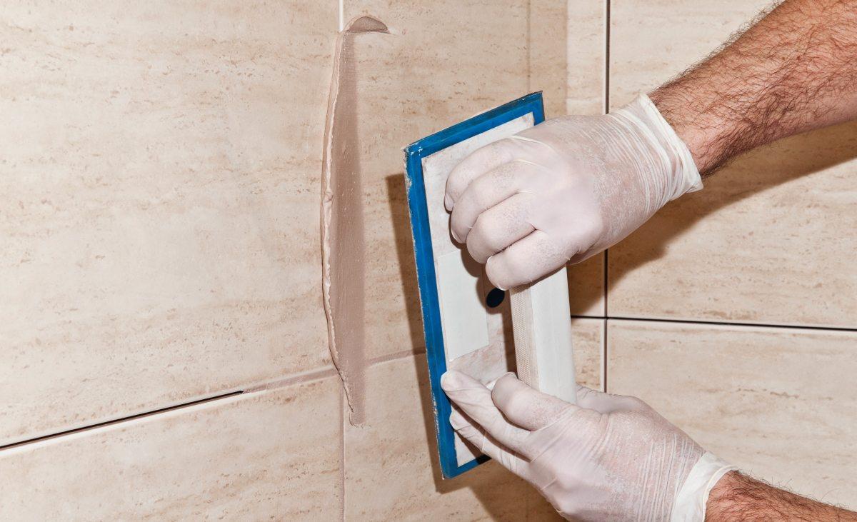 Как делать затирку швов на плитке самостоятельно