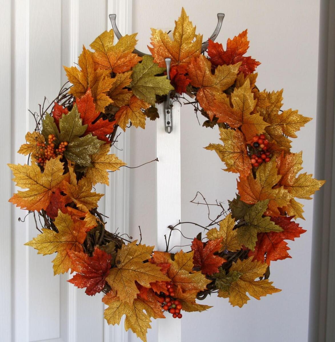 Осенний венок на дверь своими руками— пошаговый мастер-класс