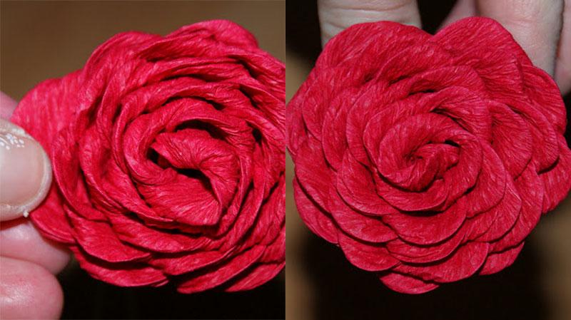 Розы из гофрированной бумаги с конфетами: мастер-классы с фото