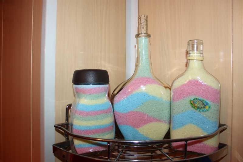 Радуга в бутылке: рисуем цветной солью