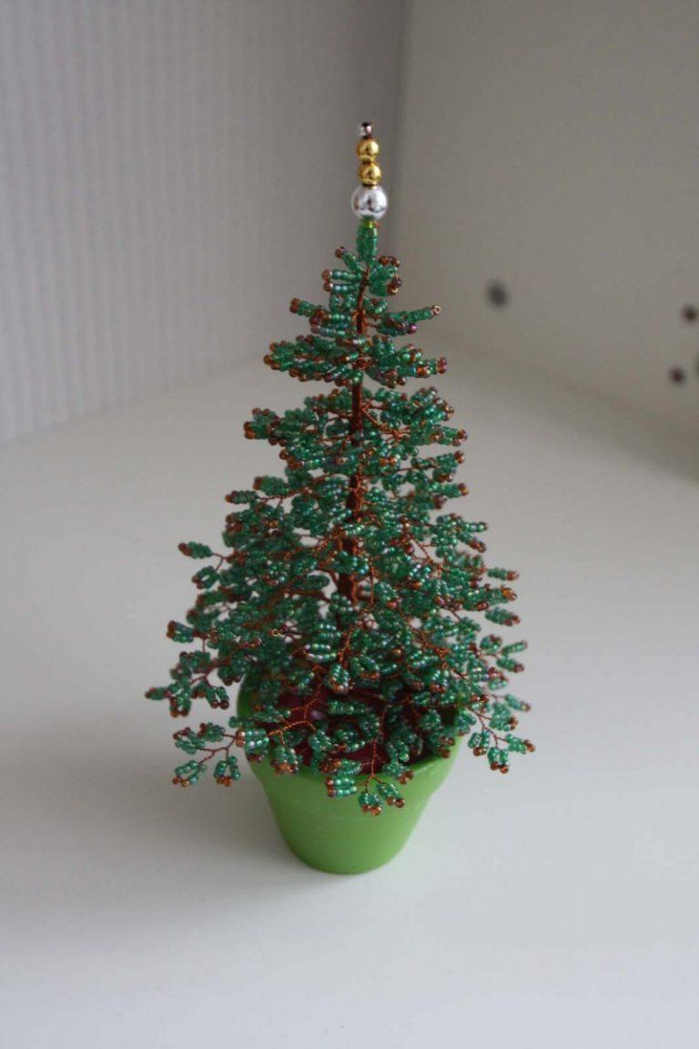 Новогодняя елка из бисера. мастер-класс с пошаговыми фото