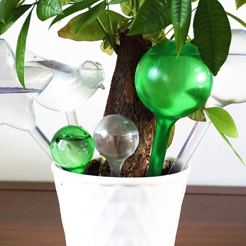 Из чего сделать автополив для комнатных растений своими руками и как обустроить домашнюю конструкцию для увлажнения грунта