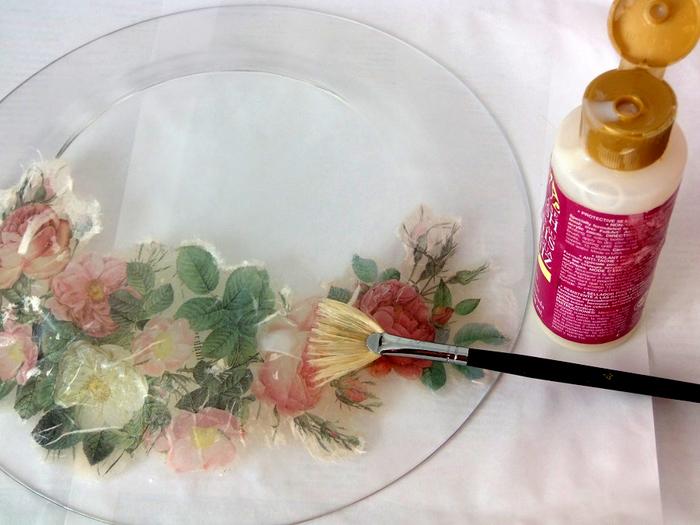 Декупаж тарелок: простые и эффективные инструкции по декорированию посуды (125 фото-идей)