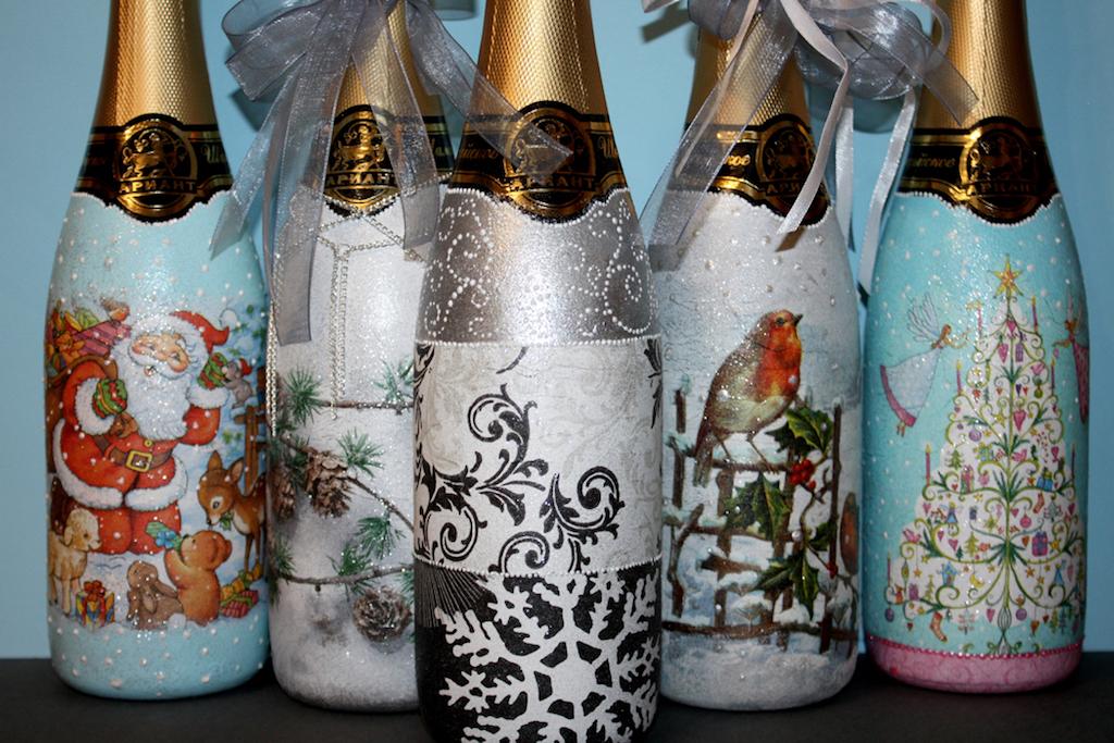 Новогодний декупаж бутылки шампанского: быстрый способ декора
