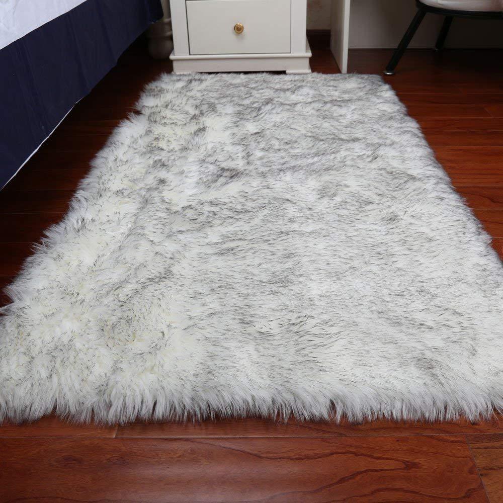 Пушистые ковры (56 фото): мохнатые и мягкие изделия с длинным ворсом на пол в гостиную комнату