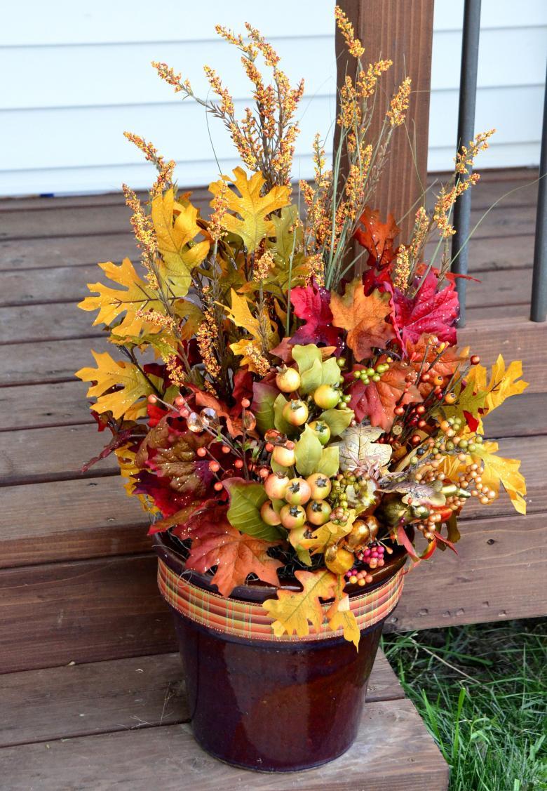 Осенний букет невесты — какие композиции выбирать осенью 2019, фото