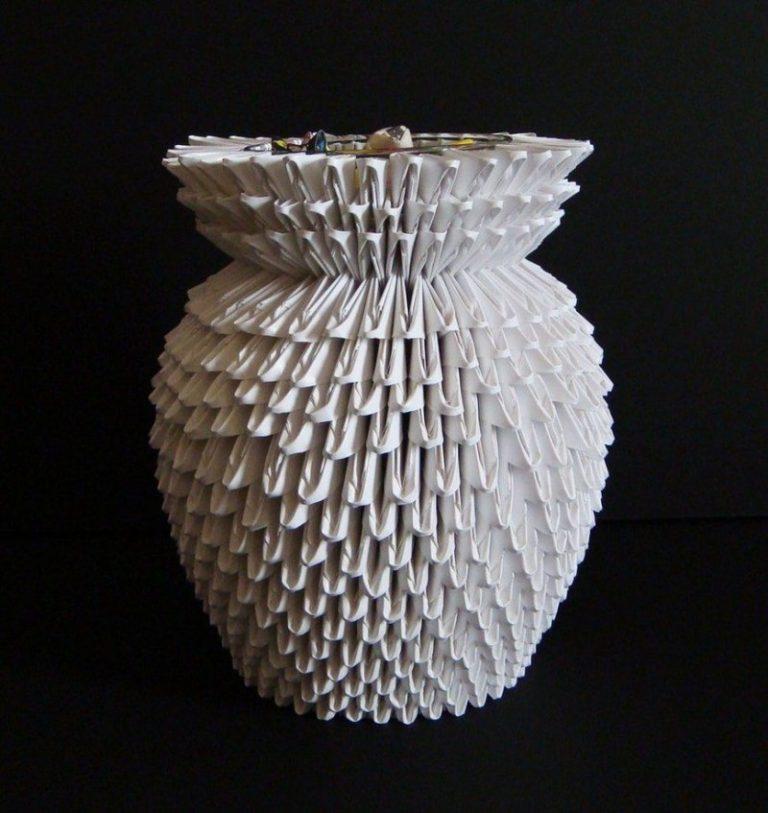 Модульное оригами для начинающих из бумаги белой, цветной. пошаговая инструкция, схемы лебедь, ваза, собака, цветы, павлин, дракон, сова, кошка, заяц, аист, лотос