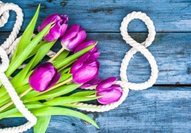 Официальные поздравления с 8 марта в прозе (своими словами) | всё для праздника