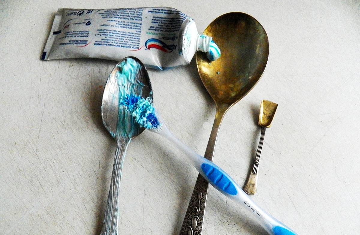 Как почистить мельхиоровые ложки в домашних условиях: 22 лучших способа и средства