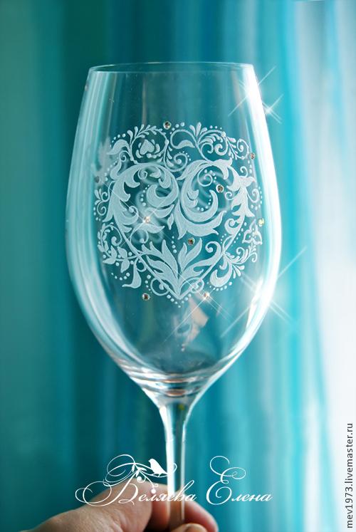 Роспись свадебных бокалов – как сделать красивые фужеры для вашего торжества