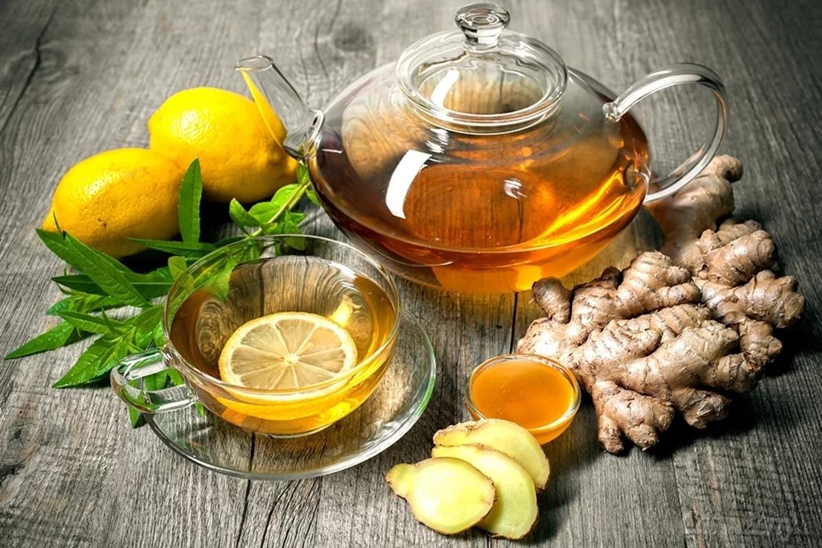 Вода с лимоном и с медом: рецепты, польза и вред напитка